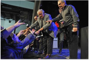 biografia de Jose Mujica - Una oveja negra al poder - Feria del libro en Argentina