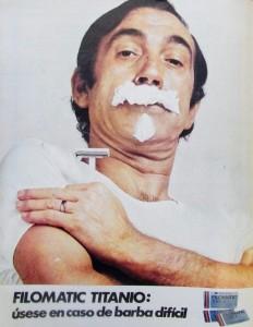 Miguel Gila anunciando Filomatic en la revista Sábado Gráfico en los años 60