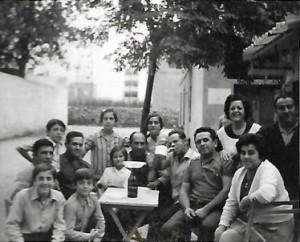 Celebración en la apertura del Kiosko de Gila en Buñol.